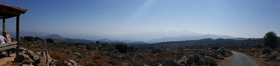 Safari Club Crete: 20160809_082049_large.jpg