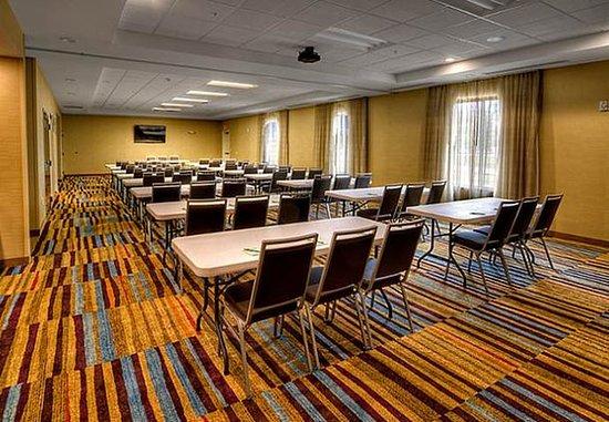 Yukon, OK: Chisholm Trail Meeting Room – Classroom Setup