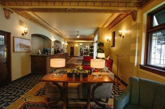 The Plaza Hotel: Lobby