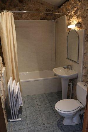 Hotel l'Escapade: Bathroom
