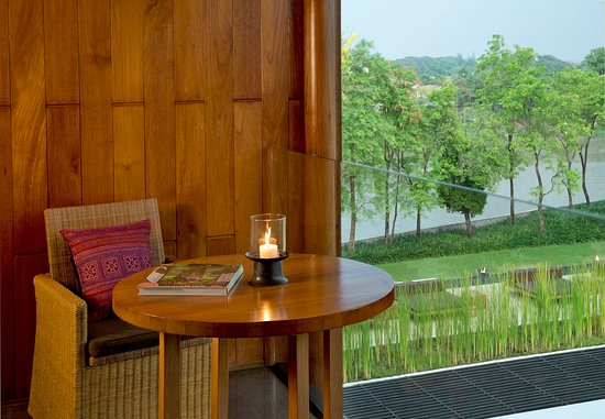 Anantara Chiang Mai Resort: Deluxe River View Balcony