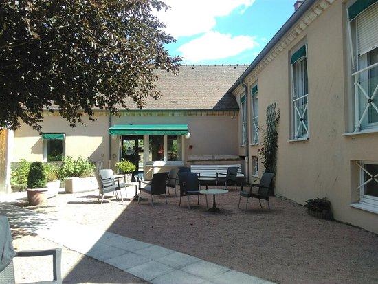 Tronget, Frankreich: Hotel du Commerce
