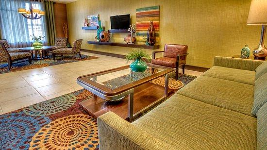 Canonsburg, PA: Lobby Lounge