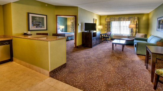 Canonsburg, PA: Executive Suite