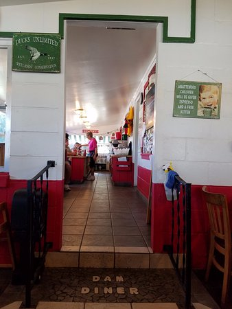 Dam Diner: Interior view from secondary dining area.