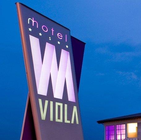 Viola Mhotel