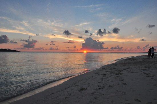 Yonaha Maehama Beach : 夕陽 sunset