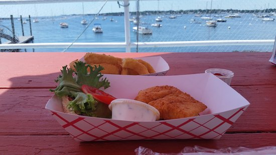 Kittery Point, ME: great food, unbeatable view