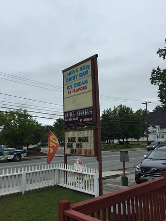 Lancaster, NH: On the maine street through town