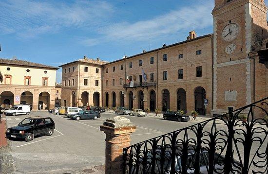 Palazzo dei Cardinali Pallotta