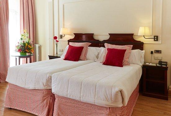 Hotel Husa Europa: HABITACION DOBLE