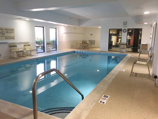 Hampton Inn Frostburg : Indoor Pool