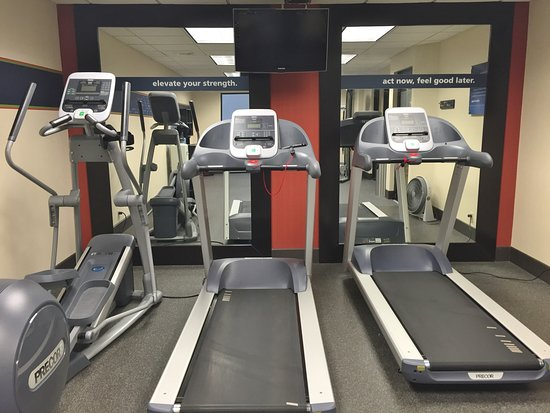 Hampton Inn Frostburg : Fitness Center