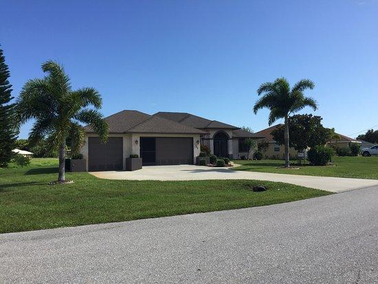 Rotonda West, Flórida: Villa Front