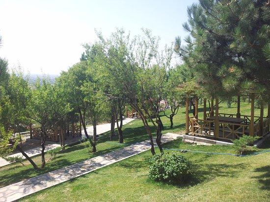 Meram, Turquia: akyokuş park seyir terası, ateşsiz piknik alanı (06.08.2016, konya)