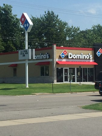 New Russellville Domino's