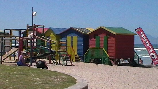 Camp's Bay Beach : Camps Bay South Africa