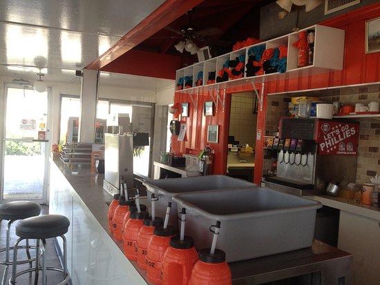 Bar Stool Seating And Order Area Bild Fr 229 N Stewart S