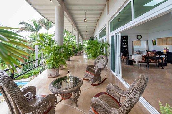 Playa Yankee, Νικαράγουα: Balcony off the master bedroom.