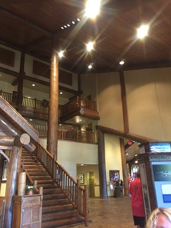 The Keeter Center at College of the Ozarks - Lodging : Inside and out