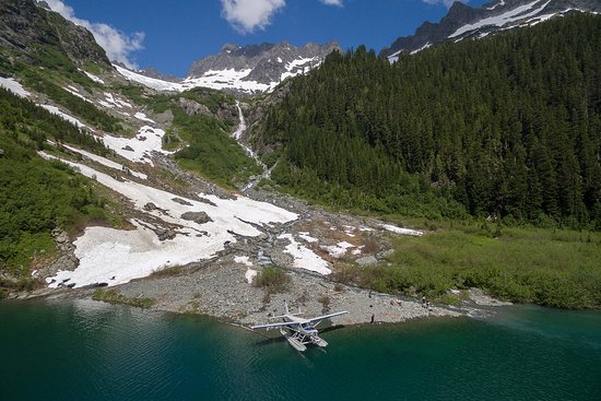 Seair Seaplanes: Glacier & Alpine Lake Adventure Tour