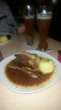 Herzogenaurach, Niemcy: Schäufele at its Best!