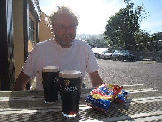 Bere Island, Irland: The Guninness always flows