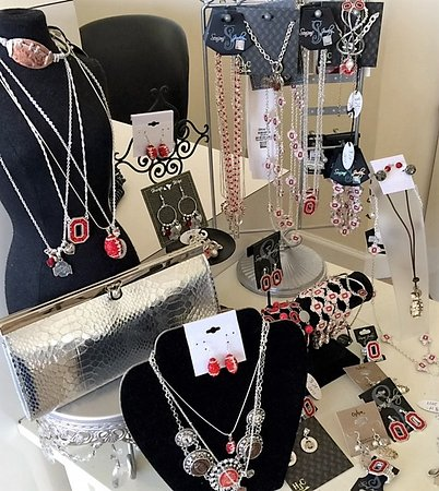 Spa on the Avenue: Go BUCKS, licensed & many different pieces of OSU jewelry