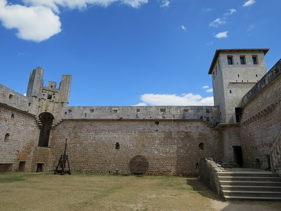 Svetvincenat, Croatie : Inside the Castle