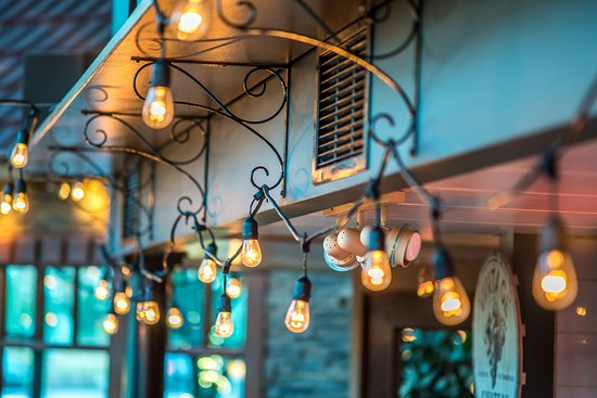 Ladner, Kanada: Lights inside the dinning room