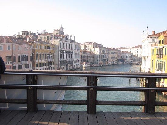 Ponte dell'Accademia : view from the bridge