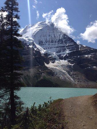 เทือกเขาร็อกกี้ของแคนาดา, แคนาดา: Mount Robson, Berg Lake and Mist Glacier