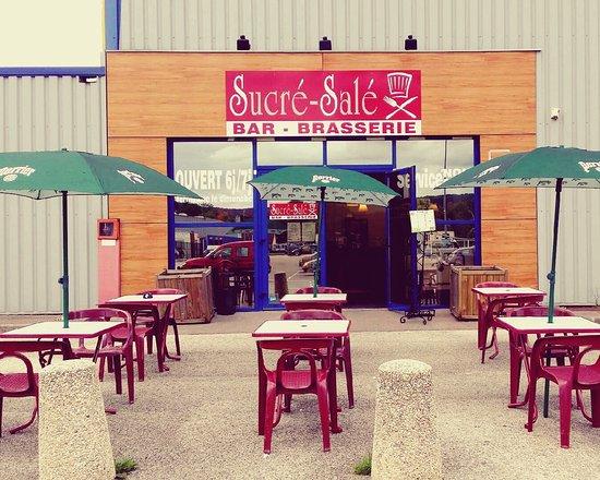 Brasserie sucr sal bar sur aube restaurant avis for Restaurant bar sur aube