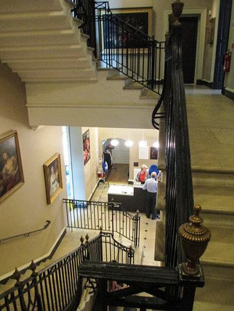 Holburne Museum: As well as the staircase, there is a lift