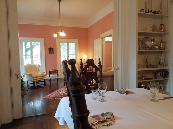 Monticello, Φλόριντα: View from Dining Room into the Living Room