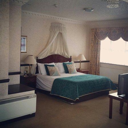 Seven Oaks Hotel: Fabulous