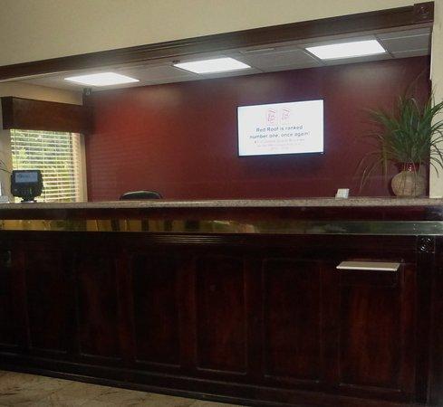 Hinesville, GA: Front Desk