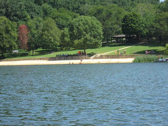 Governor Dodge State Park: Cox Hollow Lake