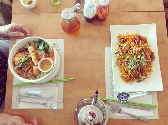 Saint-Lambert, Kanada: Eating