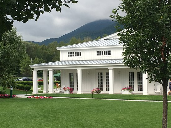 Manchester, VT: spa and pool area
