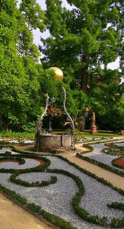 Garten Jugendstil zierbeet mit gusseiseneinfassung jugendstil 1900 bild der