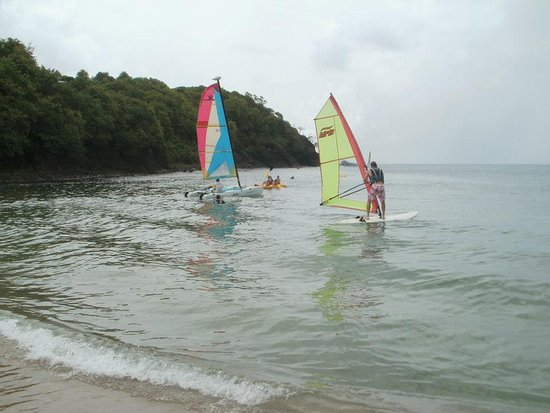 Smugglers Cove Resort & Spa: water sports offered