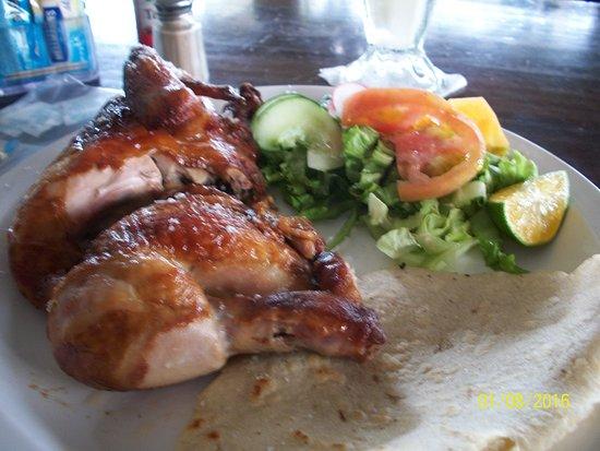 Guapiles, Costa Rica: one-half pollo asado con ensalada