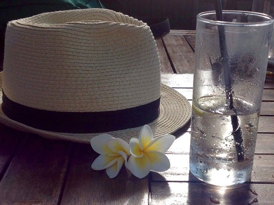 Belle Mare: Nice relaxing drink in the bar