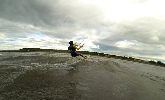 Livingston, UK: Kitesurfing Lessons in Scotland, one of our students doing first runs in Longniddry!