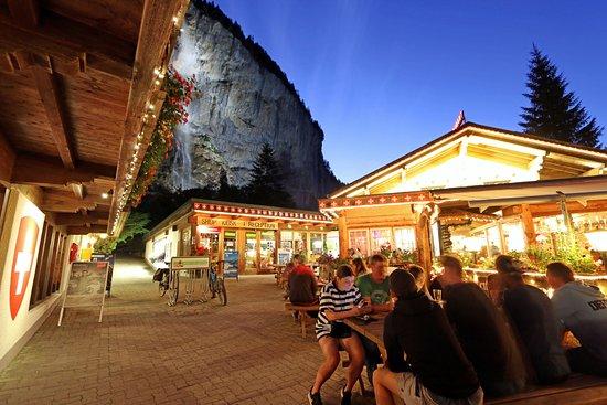 Restaurant Weidstübli: A beautiful setting at dusk