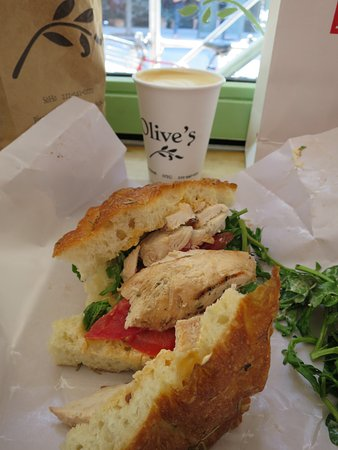 Photo of American Restaurant Olive's at 120 Prince St, New York, NY 10012, United States