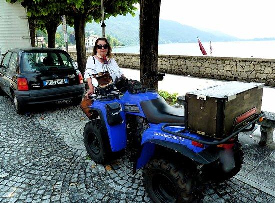 Mergozzo, Italia: Quad al lago