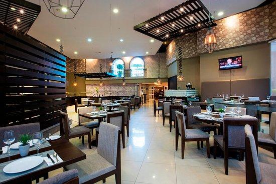 Krystal Satelite Maria Barbara: Krystal Satélite Restaurante