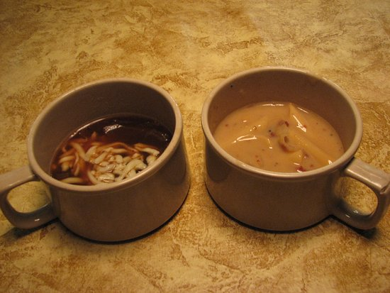 Hoss's Steak & Sea House: Soups